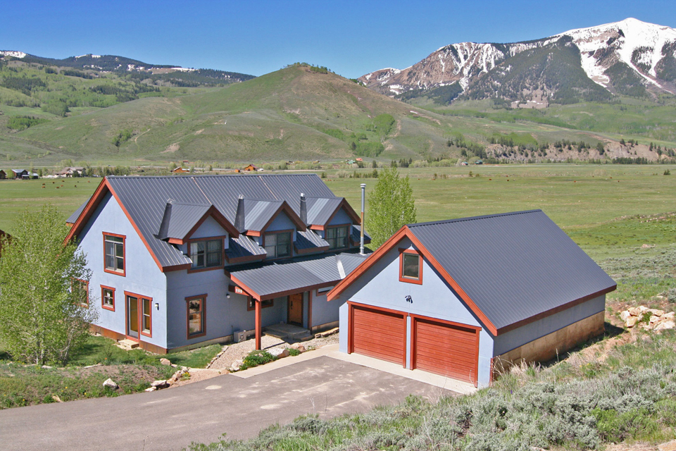For sale 210 Huckeby Crested Butte South Home