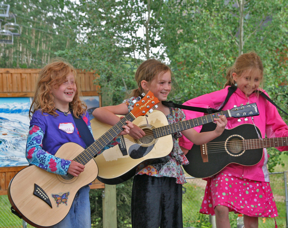 bluegrass-kids-camp-lg