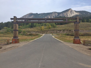 Buckhorn-Ranch-Front-Entrance-2